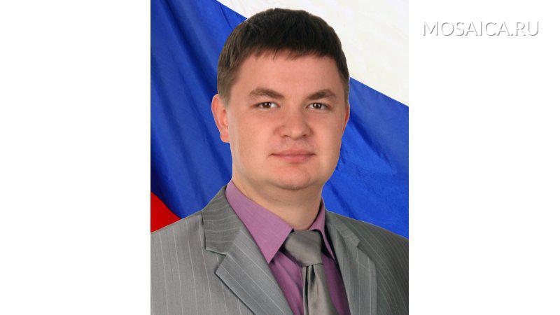 Руслан Сеюков сложил полномочия депутата ради бизнеса ссыном генерального прокурора Чайки