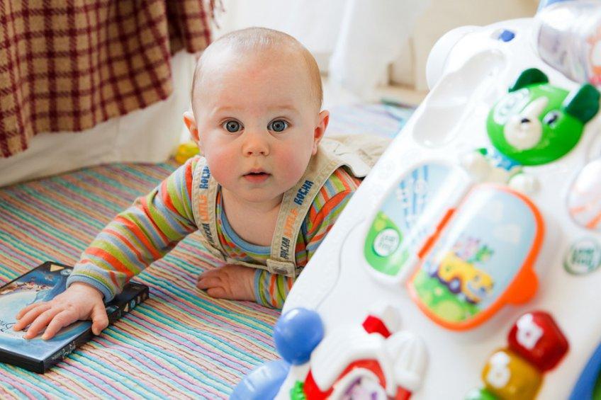 Практически три тысячи детей родились вТомской области вянваре-марте