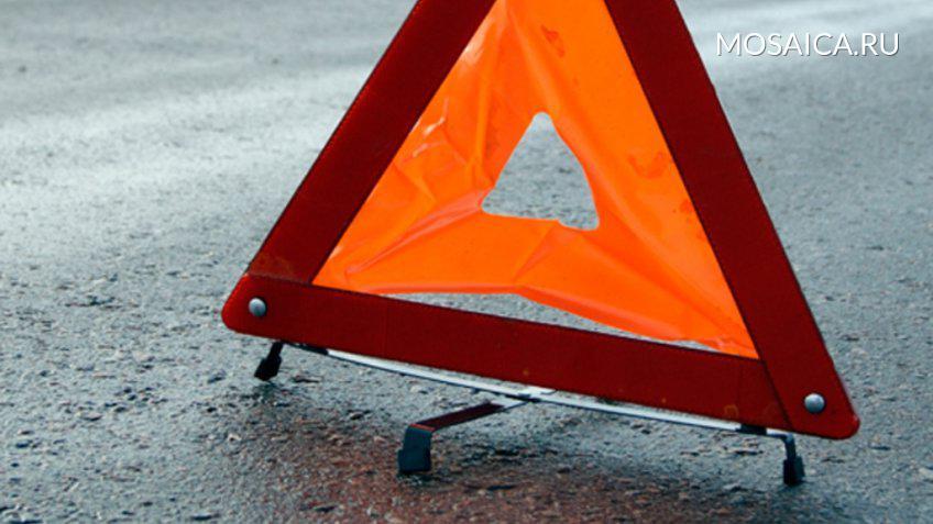 ВУльяновске шофёр сбил девушку водворе дома и исчез