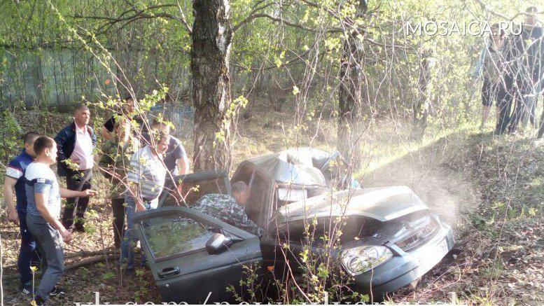 Грузовой автомобиль выехал на«встречку» иснес «Приору». шофёр «Лады» умер