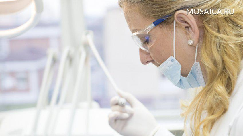 Мед. персонал смогут выдавать пациентам электронные ибумажные больничные— Медведев