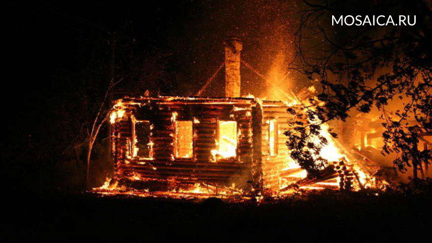 50-летняя женщина погибла впожаре в своем доме