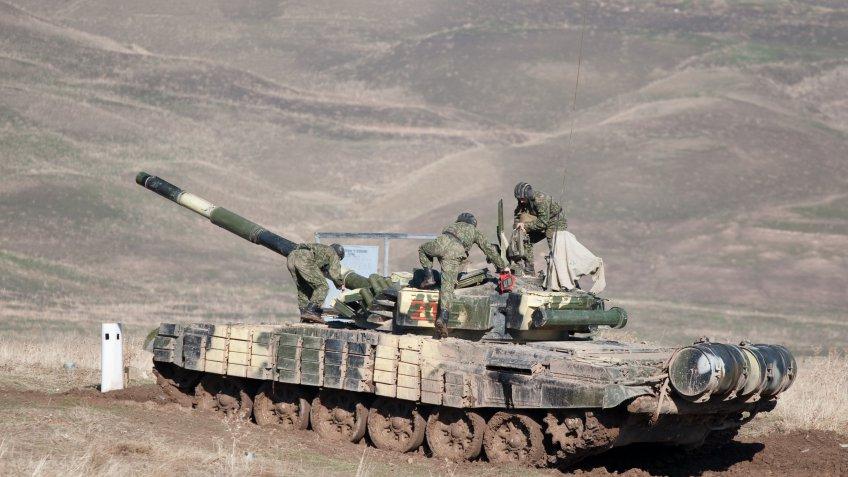Шойгу сказал, для чегоРФ увеличивает базы вТаджикистане иКиргизии