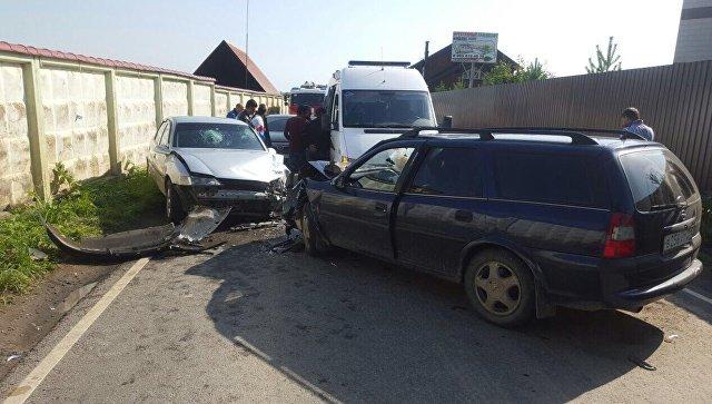 Вертолет эвакуировал сбитую машиной девочку назападе столицы