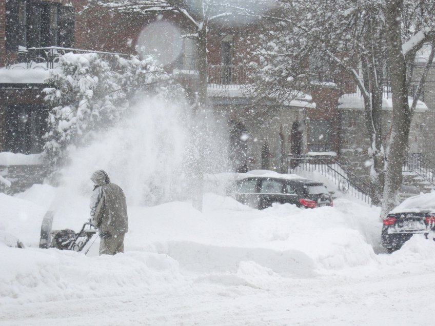 ВПодмосковье схвачен подозреваемый впохищении снегоуборочной машины