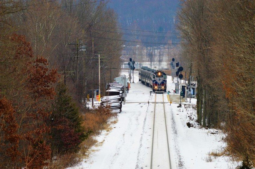 17-летний парень умер под колесами поезда вПодмосковье