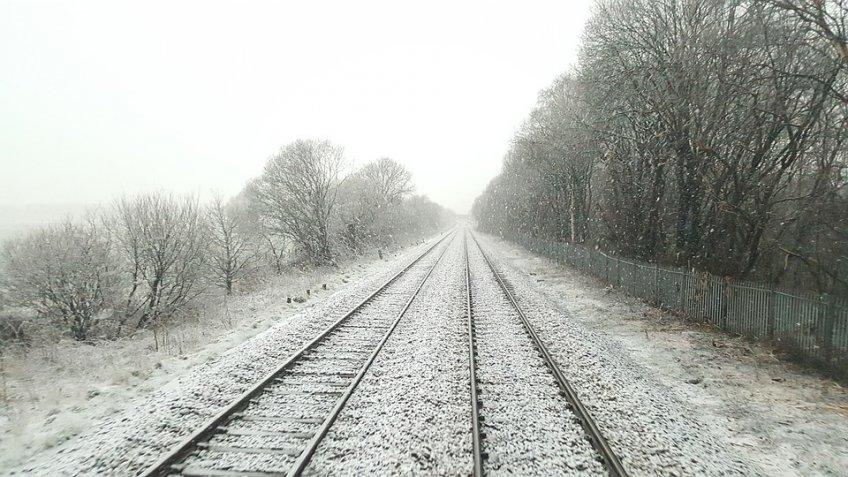 ВПодмосковье шесть человек погибли под колесами поездов