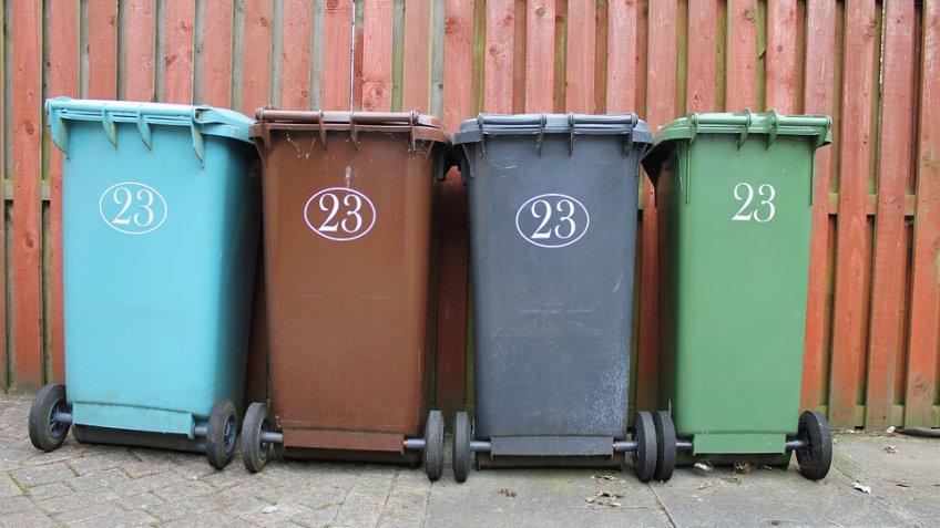Граждане Подмосковья могут определить цвет мусоровозов. однако неэто главное!