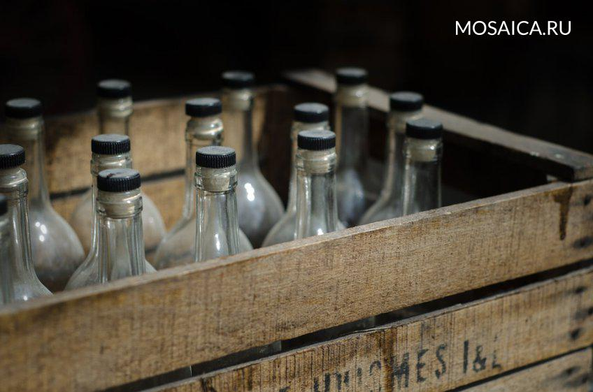 ВПодмосковном детском лагере милиция отыскала цех попроизводству поддельной водки