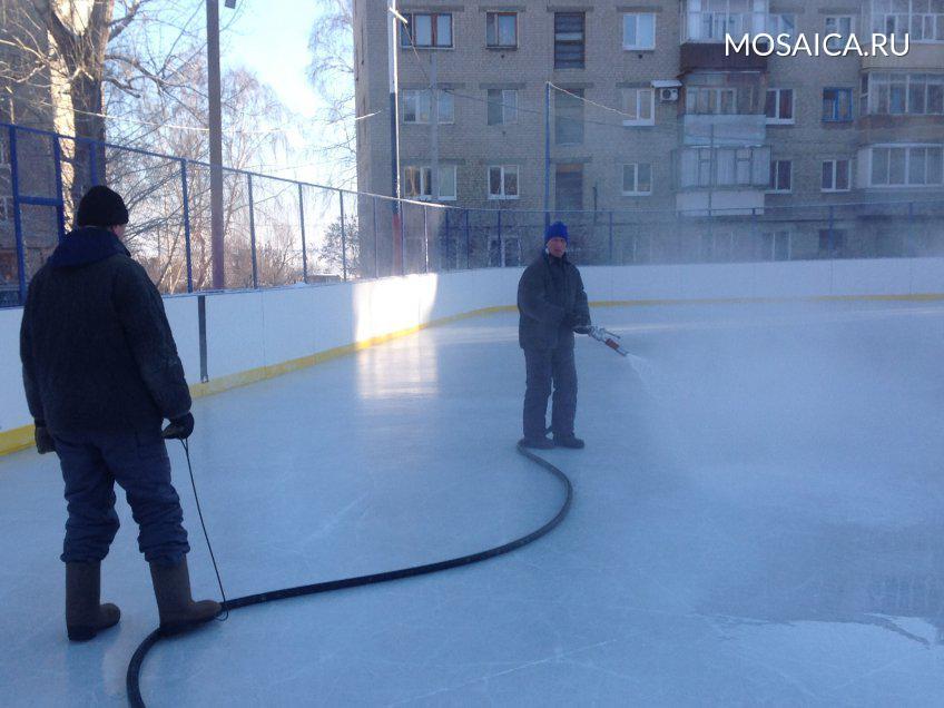 ВУльяновске залили 60 ледовых площадок