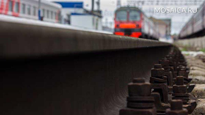 Мужчина умер под поездом вУльяновской области