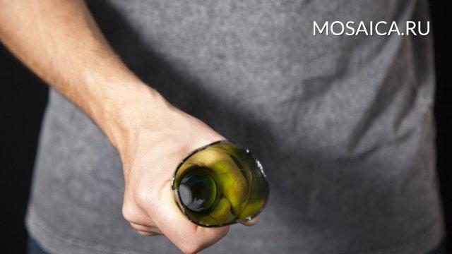 ВУльяновске гражданин Самары ударил женщину бутылкой поголове зазамечание