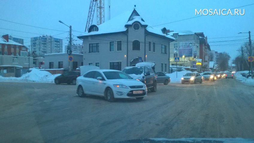Автомобиль руководителя администрации Ульяновска Алексея Гаева попал в трагедию