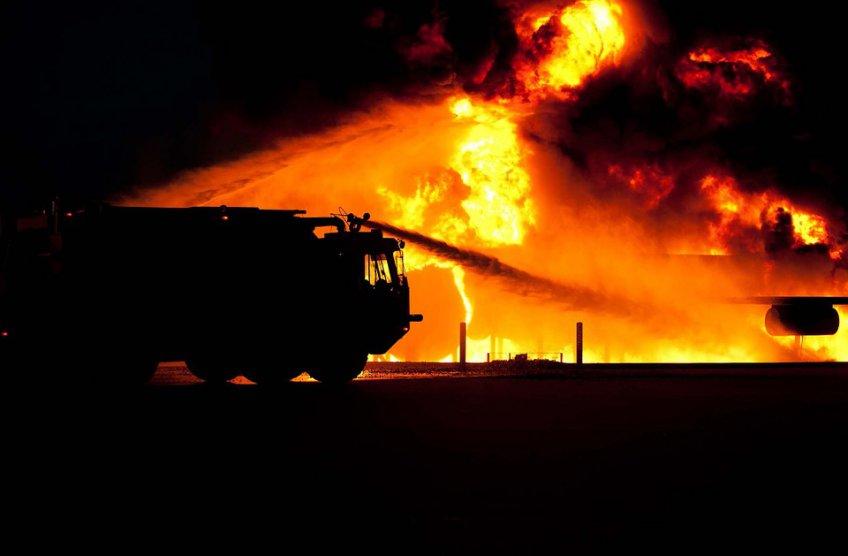 Пожар наскладе вСколкове ликвидирован