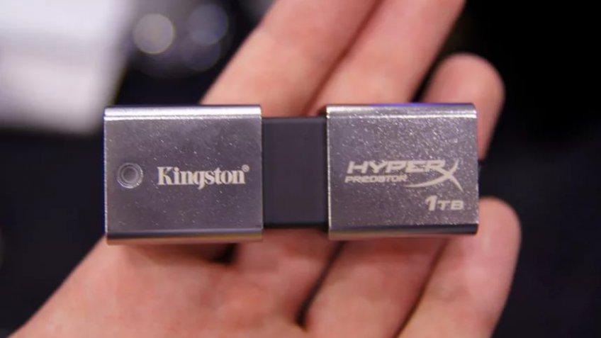 Компания Kingston начала продажи флешки емкостью 2 ТБ