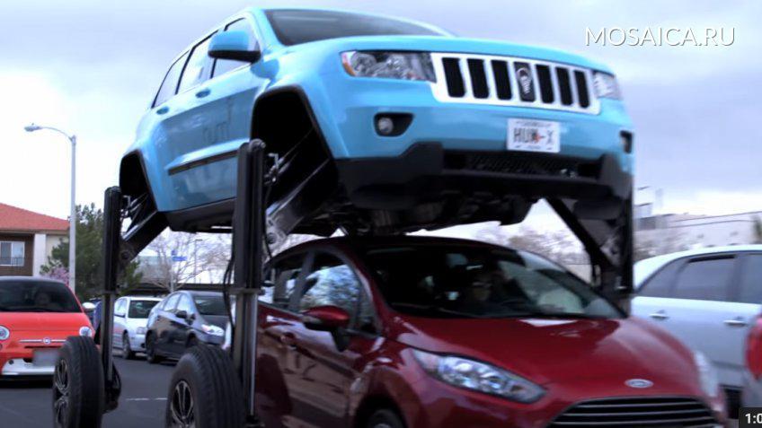Автомобиль-трансформер вознесся над машинами вСША— такое «чудо» понравится любому автолюбителю